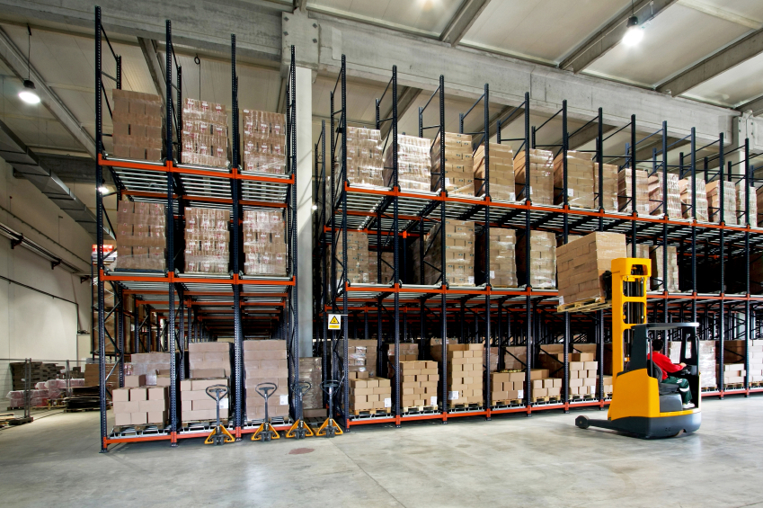 Warehouse Fork Lift